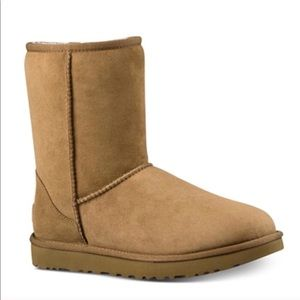 NEW UGG Classic II Shearling Lined Boots